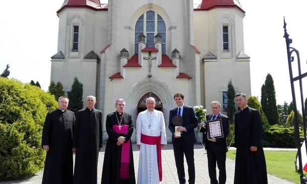 Biskupi i kapłański jubileusz w Woli Raniżowskiej