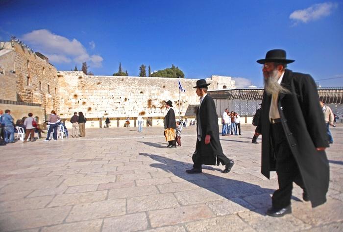 Spotyka się z mężczyzną z Jerozolimy