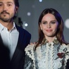 Felicity Jones i Diego Luna