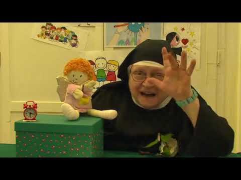 Siostra Sandra Zza Klauzury Opowiada Dzieciom Bajki I Podbija