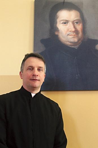 O. Marek Kudach SP jest dyrektorem placówki od września 2020 r.